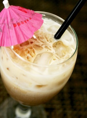 thaiicedcoffee21 Ill have a Double: Iced Thai Latte Recipe