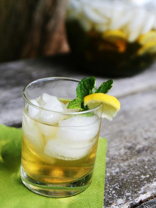 icedtea A refreshing zinger: Iced Jasmine Mint Green Tea