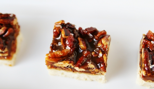 SaltedCaramelPecanBars2