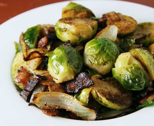 brusselssprouts {Thanksgiving Recipe} Brussels Sprouts with Bacon