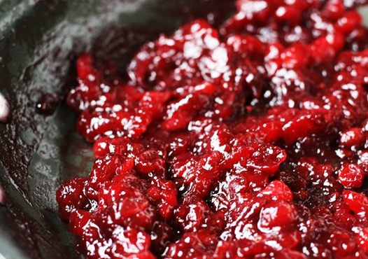 cranberrysauceinsidepan {Simple and Amazing} Cranberry Sauce Recipe