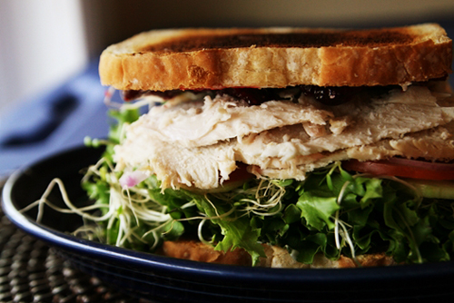 turkeycranberrysandwichwhole1 Turkey Cranberry Sandwich Recipe
