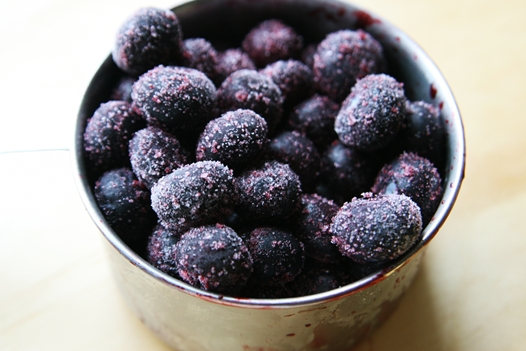frozen blueberries {Simple and Amazing} Blueberry Sauce Recipe