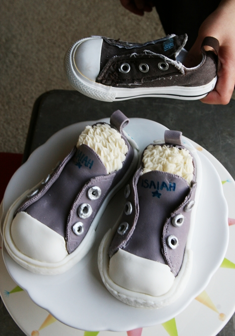 Isaiahs Shoes4 {Kids Birthday Cake Idea} Converse Sneakers Cake