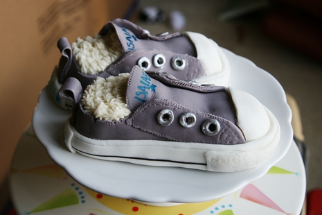 Isaiahs Shoes5 {Kids Birthday Cake Idea} Converse Sneakers Cake