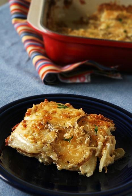 scalloped potatoes 1 Scalloped Potatoes Au Gratin