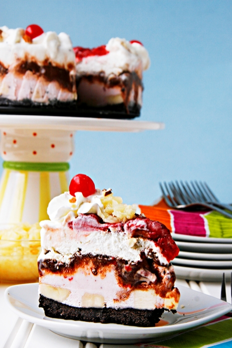 {Oh My!} Banana Split Ice Cream Cake