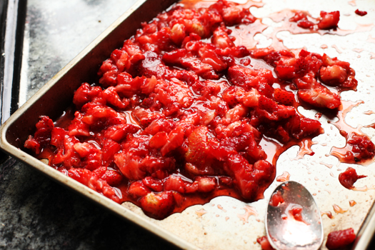 pw macerated strawberries The Pioneer Womans Strawberry Shortcake Cake