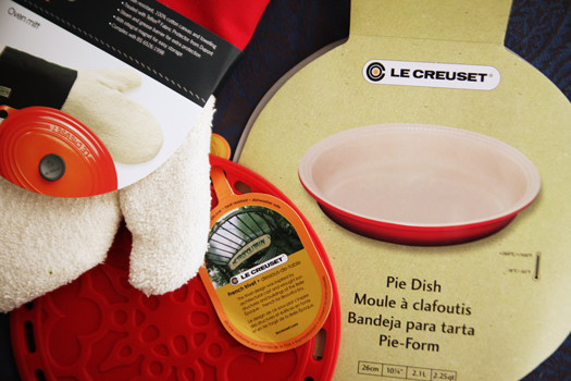 le creuset bakers set Le Creuset Pie Bakers Set Giveaway
