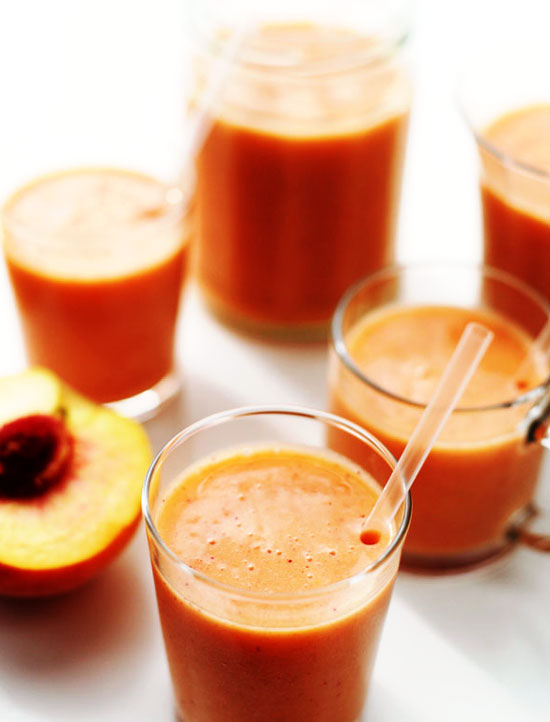 Fresh-Peach-Strawberry-Smoothie