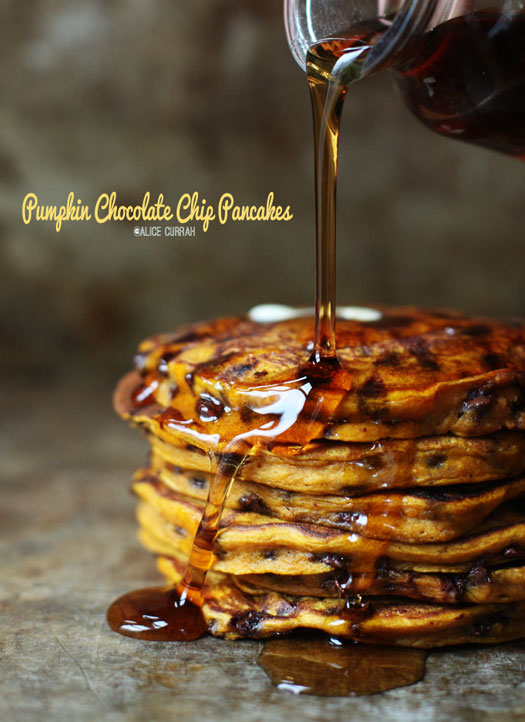 Pumpkin-Spice-Chocolate-Chip-Pancakes