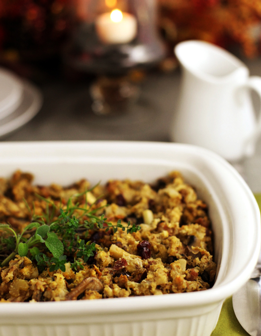 Bacon Apple Cranberry Cornbread Stuffing Recipe | Easy Recipes, Tips ...