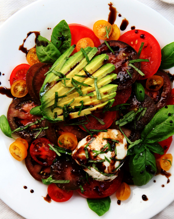 Summer Tomato Basil Salad