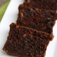 Rich and Moist: Sour Cream Chocolate Chocolate Chip Banana Bread Recipe