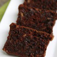Rich and Moist: Sour Cream Chocolate Chocolate Chip Banana Bread Recipe