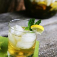 A refreshing zinger: Iced Jasmine Mint Green Tea