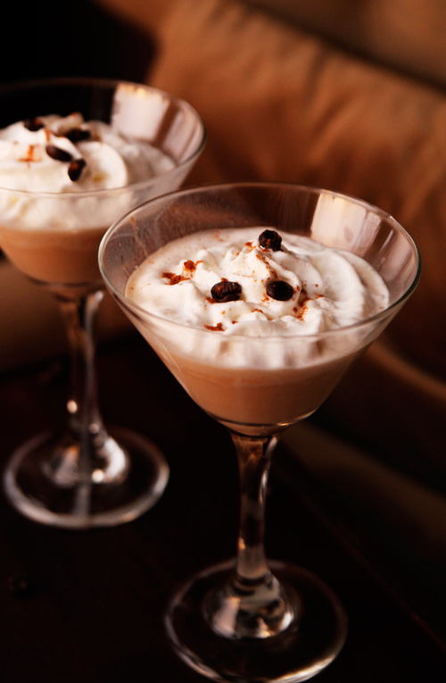 Easy Mudslide Cocktail Recipe