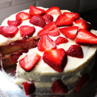 The Pioneer Woman's Strawberry Shortcake Cake