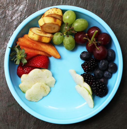 Rainbow Coordinated Fruits: Eating A Rainbow - Lunch Ideas