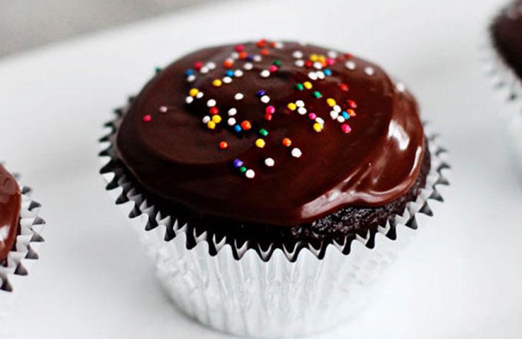 Perfect Chocolate Cupcakes Recipe One Bowl Chocolate Cake