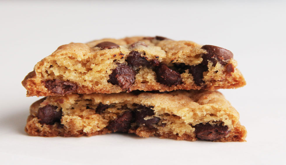 CHOCOLATE CHIP COOKIES – This 'best chocolate chip cookie recipe' makes the most perfect homemade chocolate chip cookies! Loaded with chocolate chips, I've spent years perfecting how to make chocolate chip cookies that are chewy, soft, and slightly crispy. You're going to love these easy chocolate chip cookies, the best ever!
