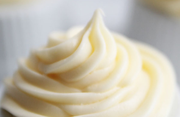 The BEST Cream Cheese Frosting Recipe