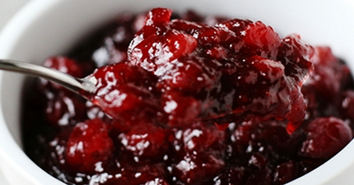 The Most Simple Yet Amazing Cranberry Sauce You Can Make
